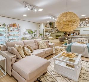 """Nuestra """"flagship store"""" en la revista EL MUEBLE"""